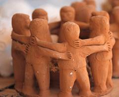 Escultura homens de barro